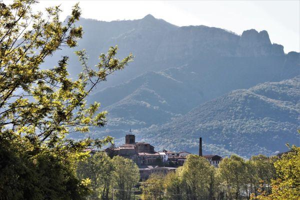 Vistes al poble de Sant Esteve d' en Bas